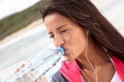 Calor, hidratación y alimentación ¿ Qué tener en cuenta para un verano saludable?