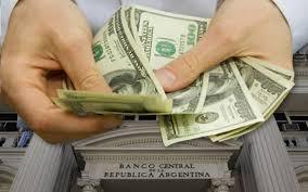 El dólar subió más de un peso y trepó hasta los 38,51 pesos