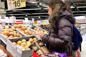 En noviembre, el consumidor pagó 525% más en góndola de lo que cobró el productor, según la CAME