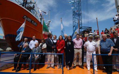 """Agroindustria participó de la botadura del buque pesquero """"Madre María"""""""