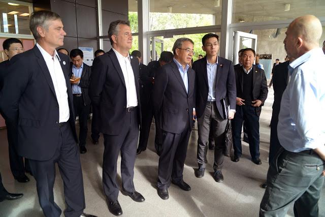 Llega a Rosario una de las cabezas del gobierno chino con la Hidrovía entre ceja y ceja