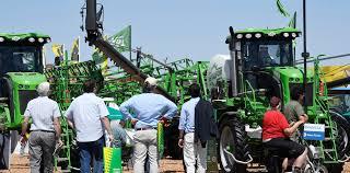 El Gobierno Nacional anunció créditos para la compra de maquinaria agrícola, camiones y semirremolques de origen nacional