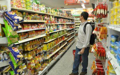 FAA propone bajar el IVA a alimentos y exportar más para beneficiar a productores y consumidores