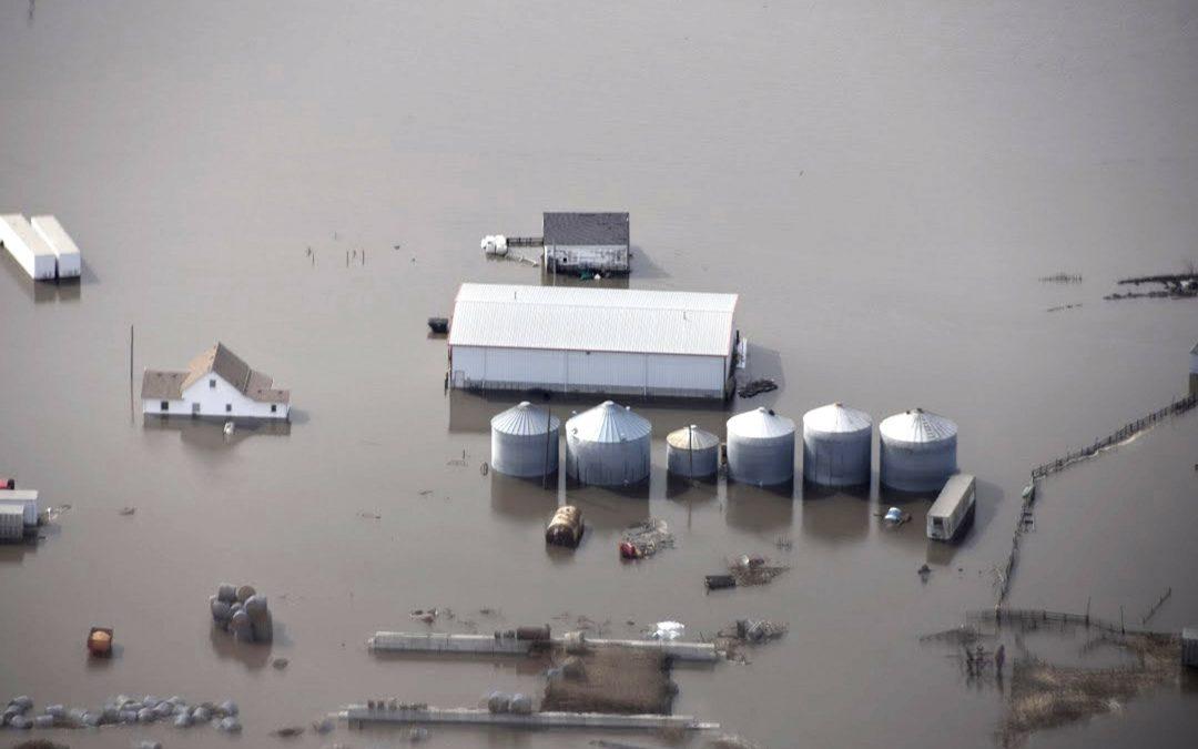 El transporte de la ayuda en caso de catástrofe es fundamental para los agricultores devastados por las inundaciones