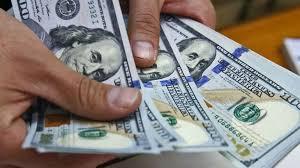 El dólar cerró a $42,51 pese a que el Banco Central llevó la tasa de interés por encima del 62%