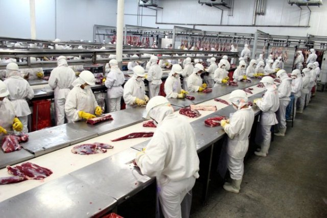 Buenas prácticas en la industria alimenticia en la Argentina:  la cadena de la carne ante la crisis del coronavirus