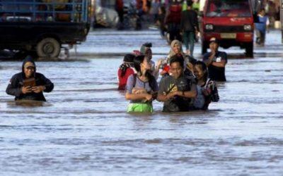 Al menos 40 muertos en Indonesia por inundaciones que han dejado miles de desplazados