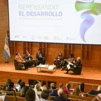 """Primer Simposio Latinoamericano de Bioeconomía: """"Repensando el Desarrollo"""""""