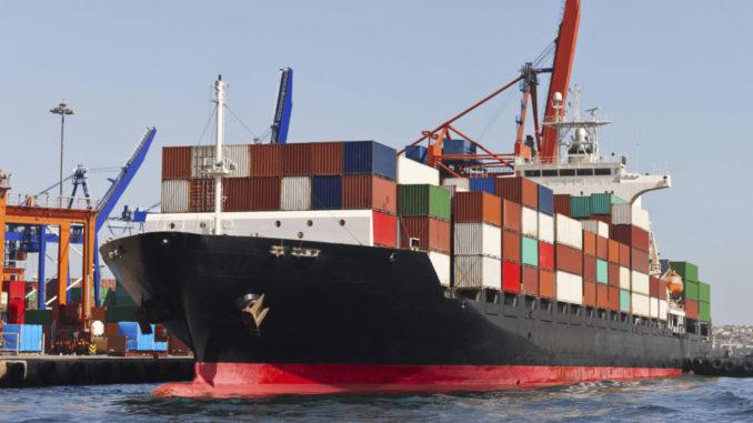 La industria naviera también hace al negocio ganadero