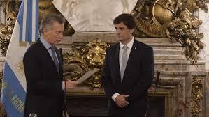 """Lacunza asumió como ministro de hacienda y Macri le agradeció por aceptar el cargo en """"un momento tan difícil"""""""