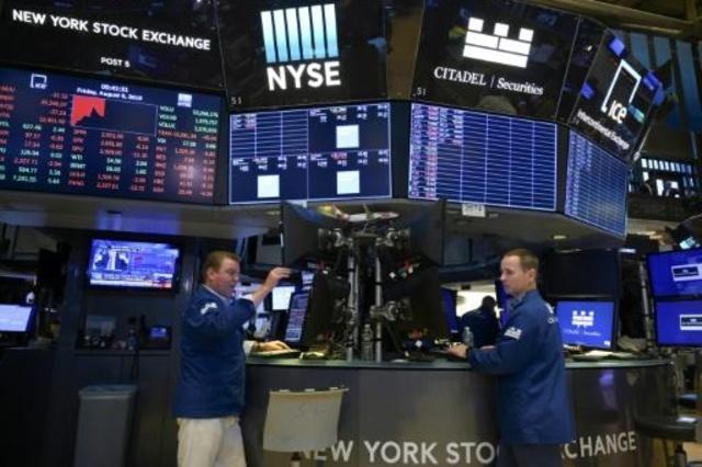 Activos de Argentina se desplomaron en Wall Street tras el revés electoral de Macri
