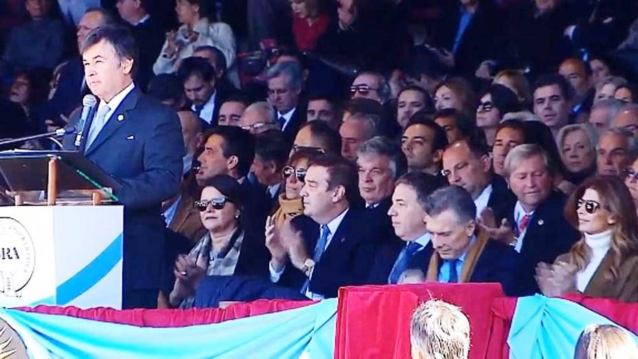 A pocos días de las paso, la Sociedad Rural respaldó a Macri, pero reclamó por retenciones