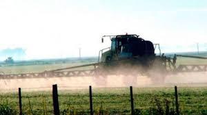 Permanece detenido un ingeniero agrónomo junto a dos personas por fumigaciones en Pergamino
