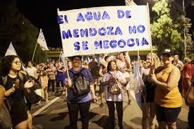 Mendoza derogó la ley 9209 de minería luego de las masivas protestas por el agua