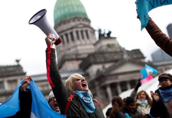"""Las facultades de Derecho de las Universidades Católicas en la Argentina emitieron una declaración titulada """"Ante el aborto como política pública"""""""