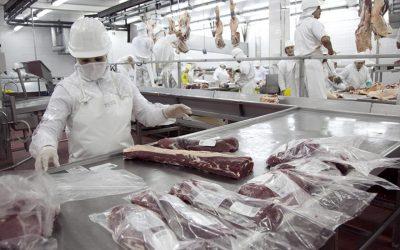 La Federación de la Carne acordó un 17% de recomposición en paritaria trimestral