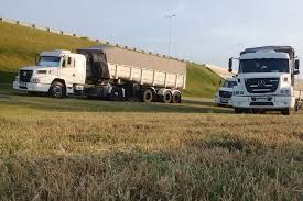 La Bolsa de Comercio de Rosario y el Ministerio de Agricultura de la Nación trabajan en una línea gratuita de información para transportistas