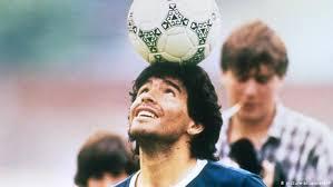 El gobierno decretó tres días de duelo por la muerte de Maradona