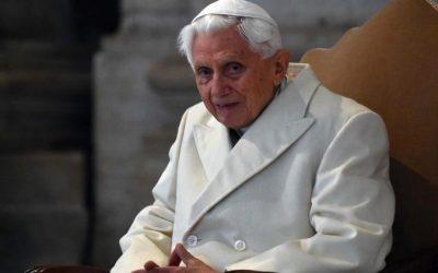 """Benedicto XVI reiteró: """"No hay dos Papas"""""""