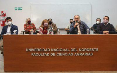En la presentación del proyecto de ley de Agroecología, Basterra advirtió: 'No se puede producir a cualquier costo'