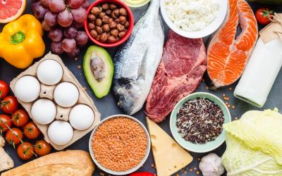 Debatiendo sobre la receta de una alimentación equilibrada