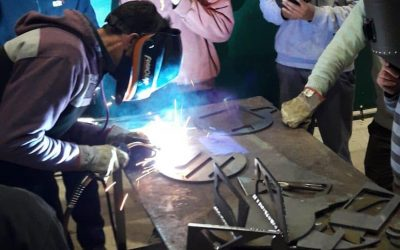 """AKRON y UTN San Francisco, """"hacen escuela"""" en la industria metalúrgica."""