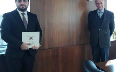 El embajador de Armenia visitó el IPCVA